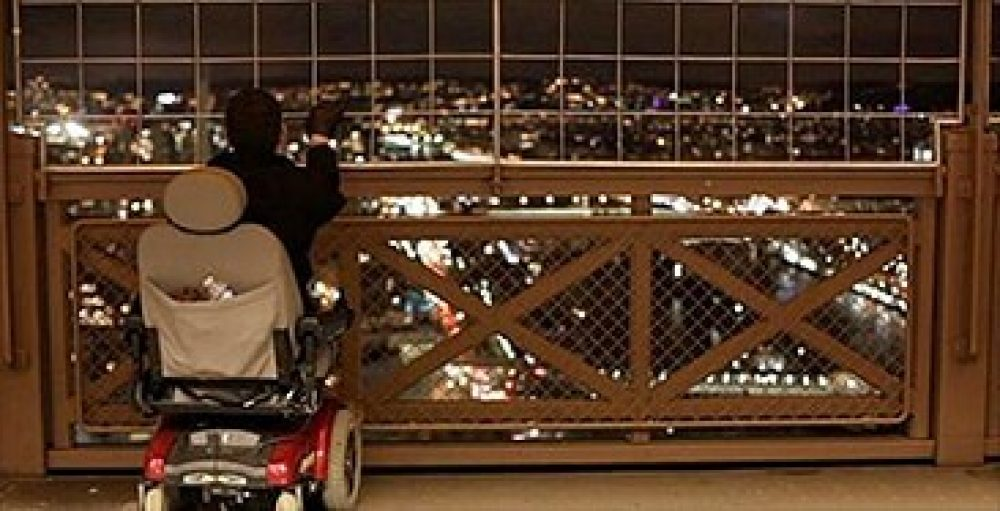 Accessible Travel at Eiffel Tower in London|Accessible Travel by bus abroad|Accessible Travel in Europe