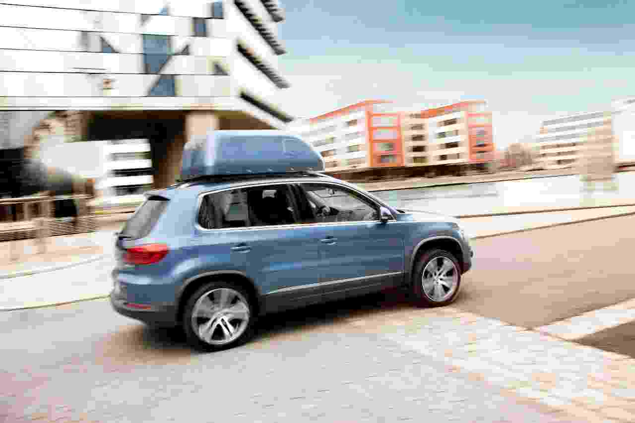 Our roof box stowing solution can help you to become an independent driver.