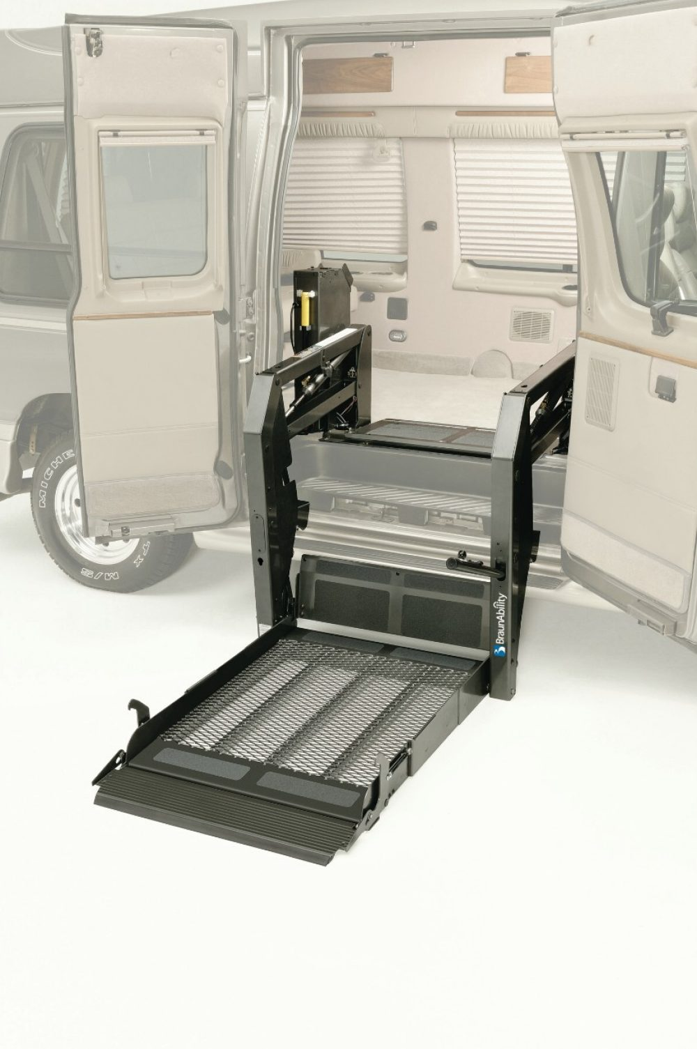hydraulic wheelchair lift for van