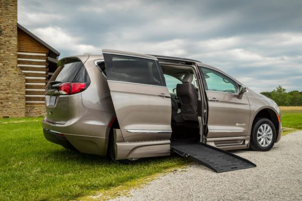 "BraunAbility Chrysler Pacifica Review: ""Very User-Friendly"""