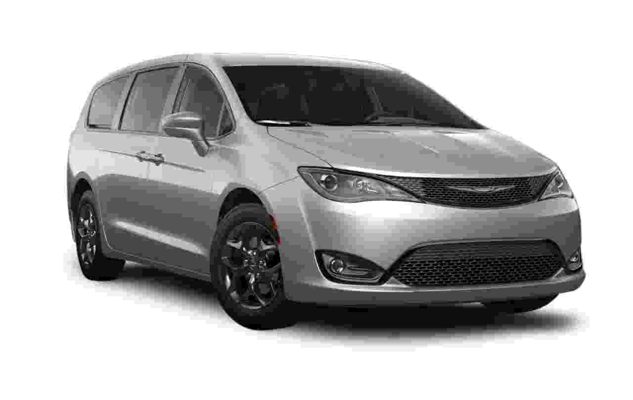 Chrysler Pacifica Touring Plus Sport