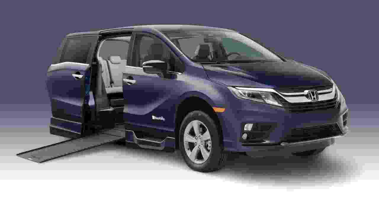 BraunAbility Side-Entry Power Infloor Honda Odyssey