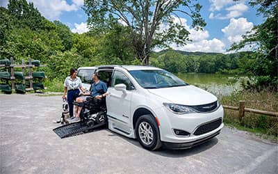 wheelchair van leasing pros and cons