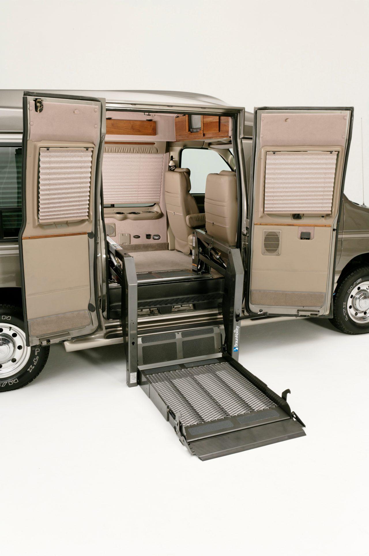 Wheelchair Lift Innovation Braunability Under Vehicle Lift Braunability